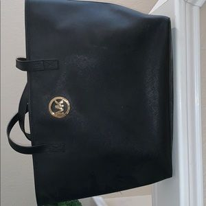 Handbags - Micheal kors tote purse